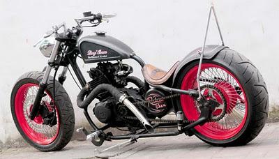 http://4.bp.blogspot.com/-UhCRftefwf8/TvVMcqonZGI/AAAAAAAAAQo/Ktxr8IXCVbA/s1600/Modified+Suzuki+Thunder_a.jpg