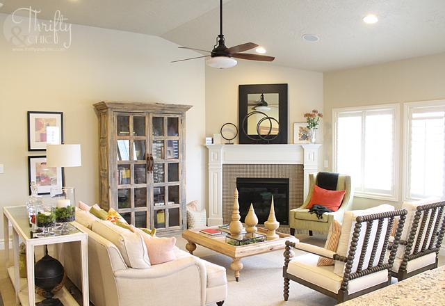neutral beachy living room design and decor ideas