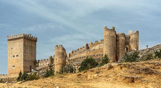 burgos_imagen_castillo_fortaleza_peñaranda_condes_miranda