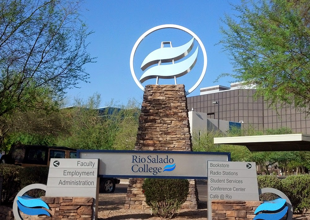 Photo of Rio Salado College headquarters in Tempe