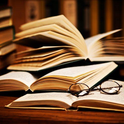 Yeni Blogum KitapGünce yayında!