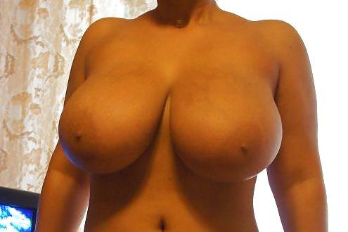 Самая голая грудь фото