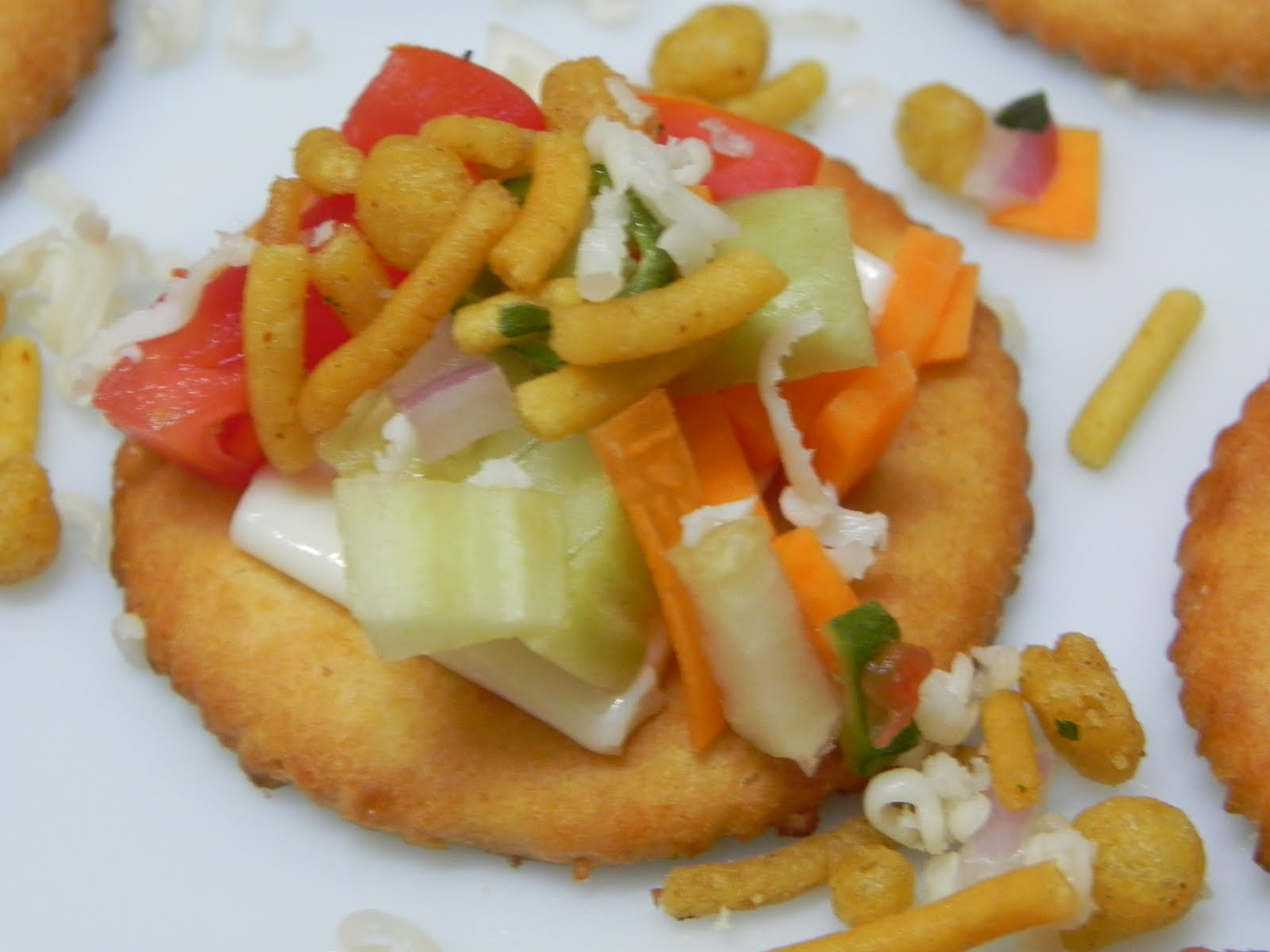 Preethi bhojan easy peasy biscuit canape for Canape toppings