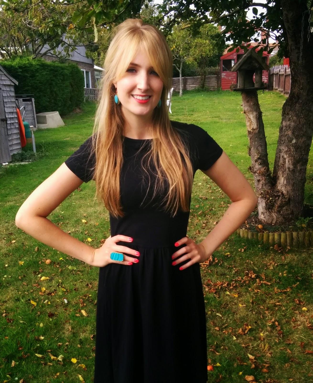Outfit Post: Rosey skirt for summery days | Lauren Loves Blog