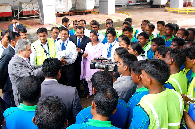 Mr. Prem Bajaj, CMD appreciates Bhadra Ground Handling Staff for their 100%  On Time Performance