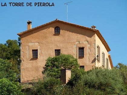 La Torre de Pierola vista des de la Riera de Pierola