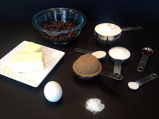 measuring ingredients cookies