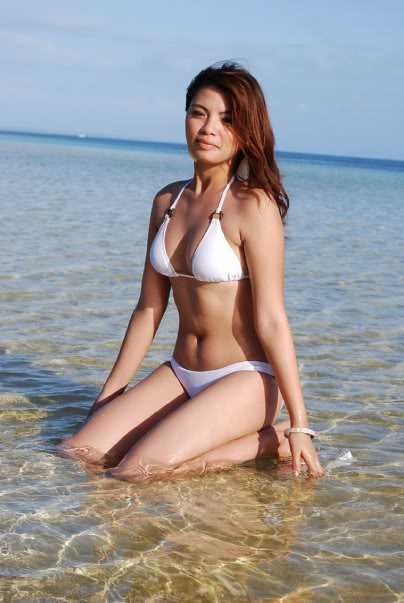 hot asians in bikini photos 03