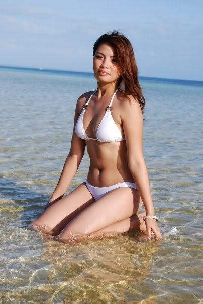 hot asians in bikini photos 03
