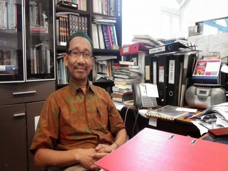 http://arminarekajatim.blogspot.com/2014/09/di-hong-kong-tki-bisa-naik-haji-melalui.html