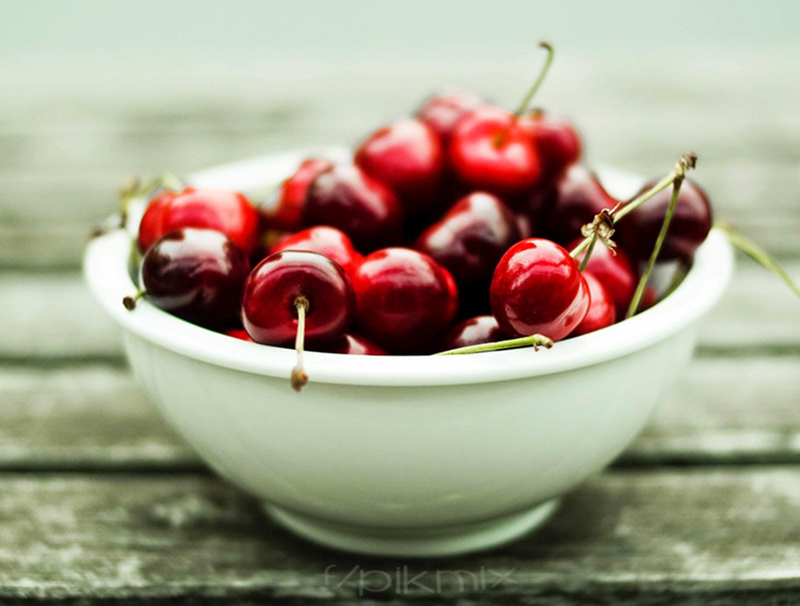Cerezas rojas | Fondo de pantalla | vintage