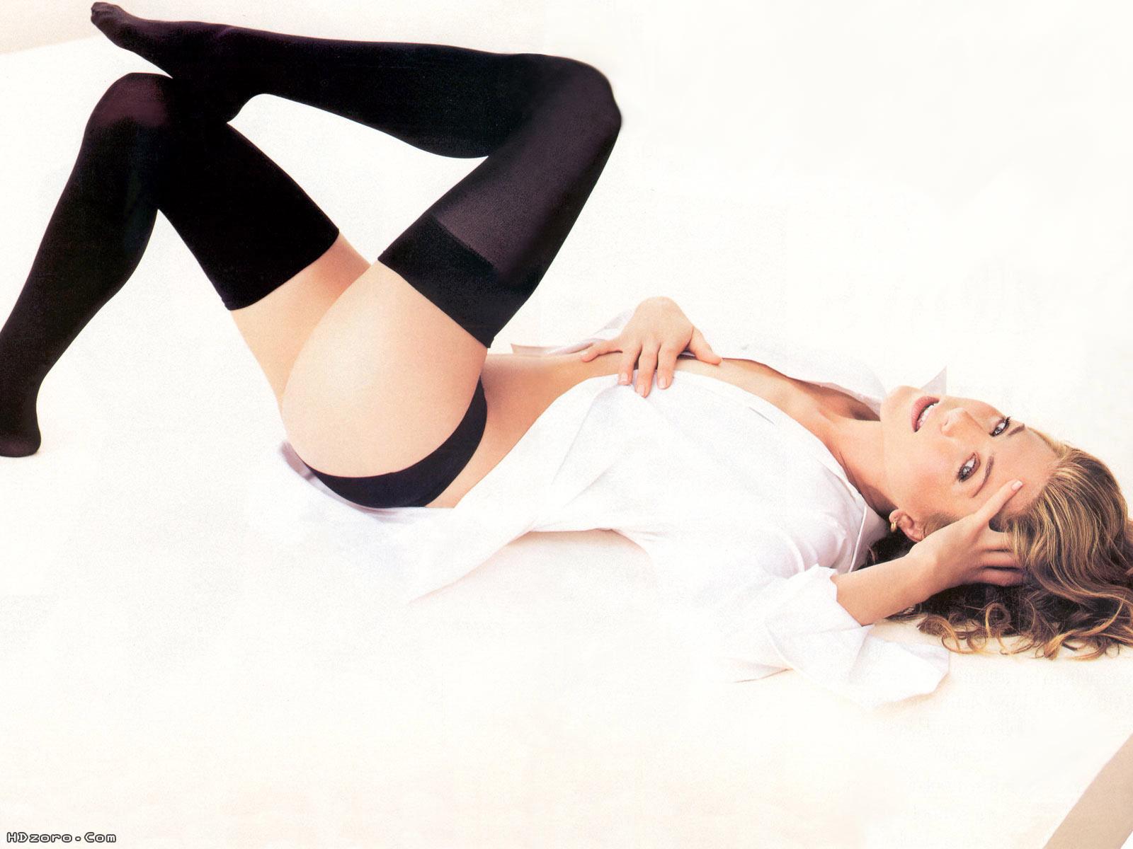 http://4.bp.blogspot.com/-UiWaGufRTiE/UUlaD8tUm9I/AAAAAAAARGg/Ij7XhW_REW0/s1600/Jennifer+Aniston+12.jpg