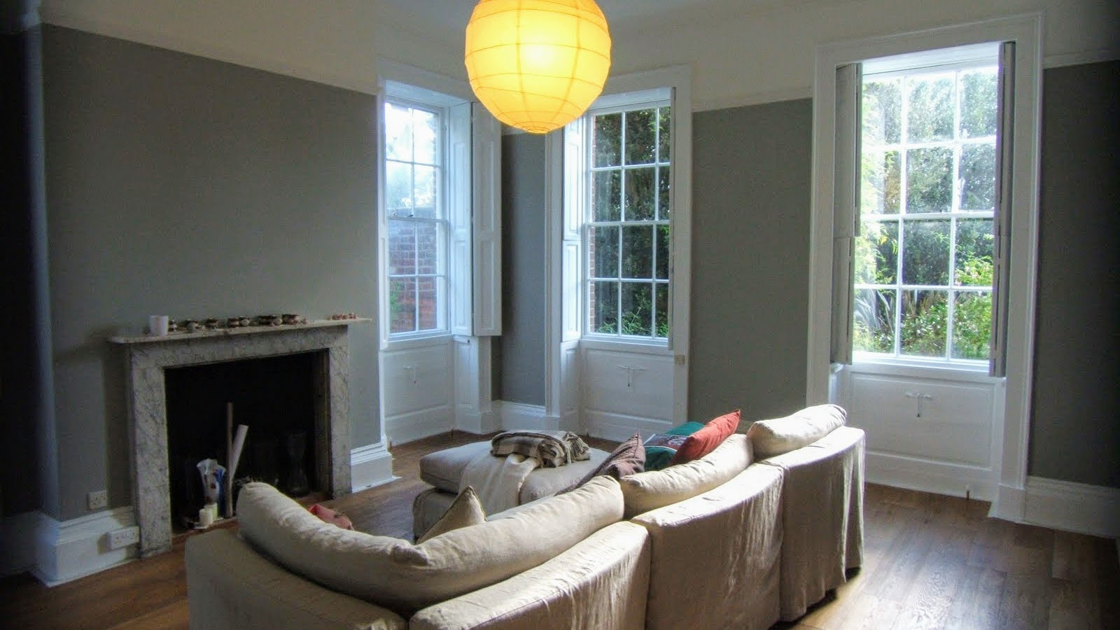 This Living Room Had Dulux Trade Flat Matt On The Ceiling Farrow And Ball Lamp Grey Walls Superb Sikkens Satura BL Woodwork