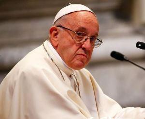 Obispos chilenos renuncian por escándalo de pederastia