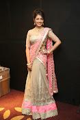 Madhu Shalini new Glamorous photos-thumbnail-2