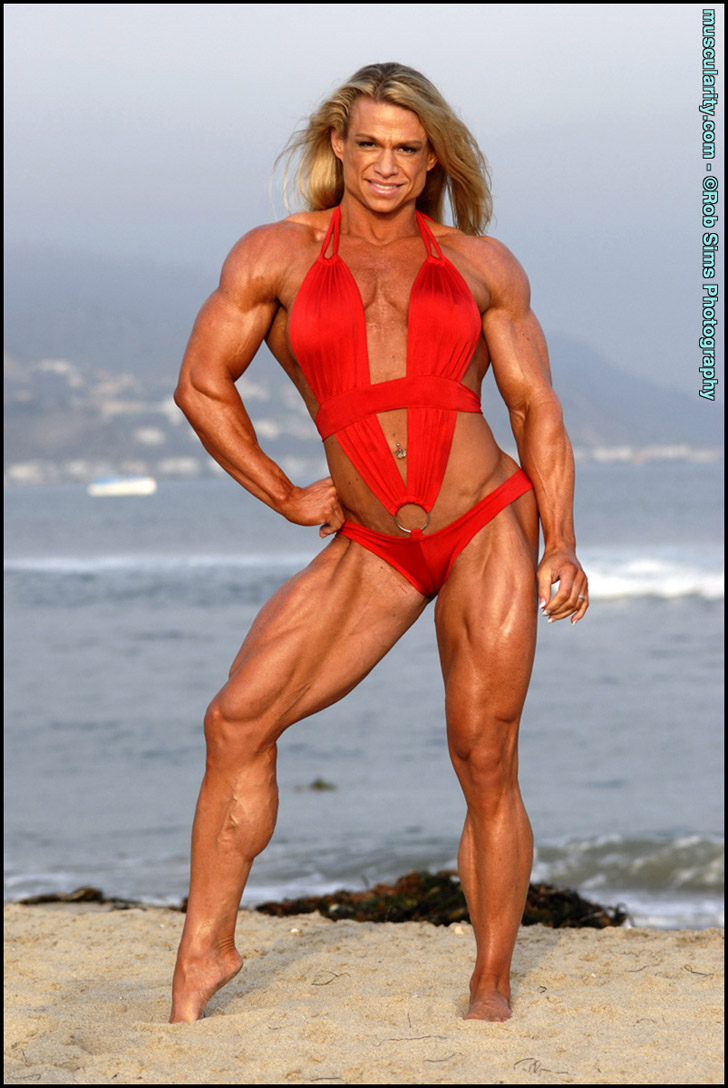 Tina Chandler Modeling Her Shredded Physique On The Beach