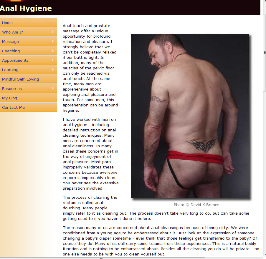 Anal+Hygene Left: Urine  diversion squatting pan with anal cleansing water collection ...