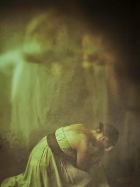 photographie josephine cardin femme danseuse mélancolie exposition longue autoportrait