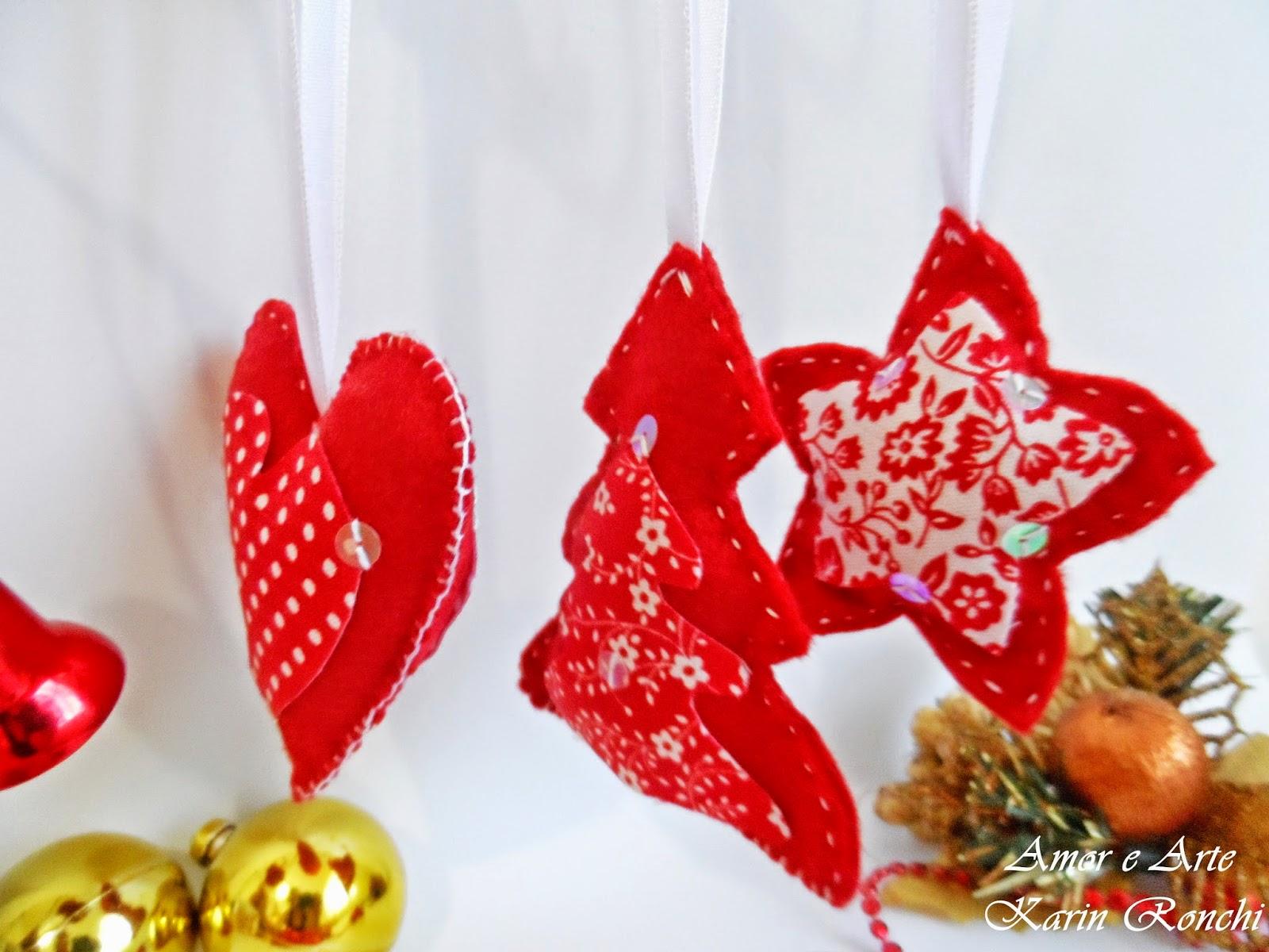Ornamentos natalinos em feltro - vermelho e branco