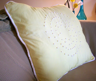 sheets upcycle diy pillow