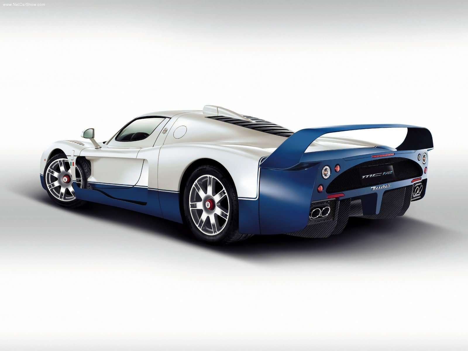 Hình ảnh siêu xe Maserati MC12 2004 & nội ngoại thất