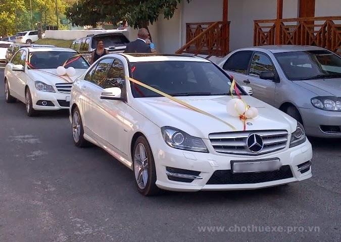 Cho thuê xe cưới Mercedes C200 hạng sang 1
