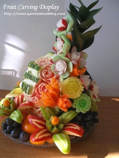 fruit and vegetable carving arrangement