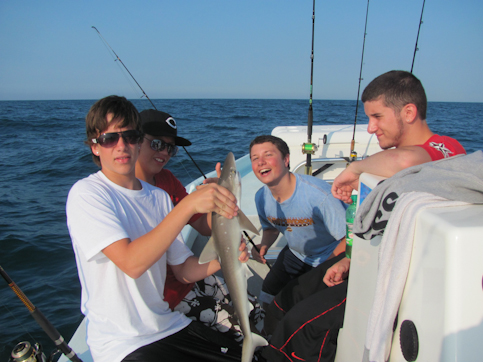 Emerald isle fishing report calm seas feeding flounder for Fishing report emerald isle nc
