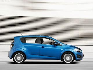 2011 Chevrolet Aveo Pictures