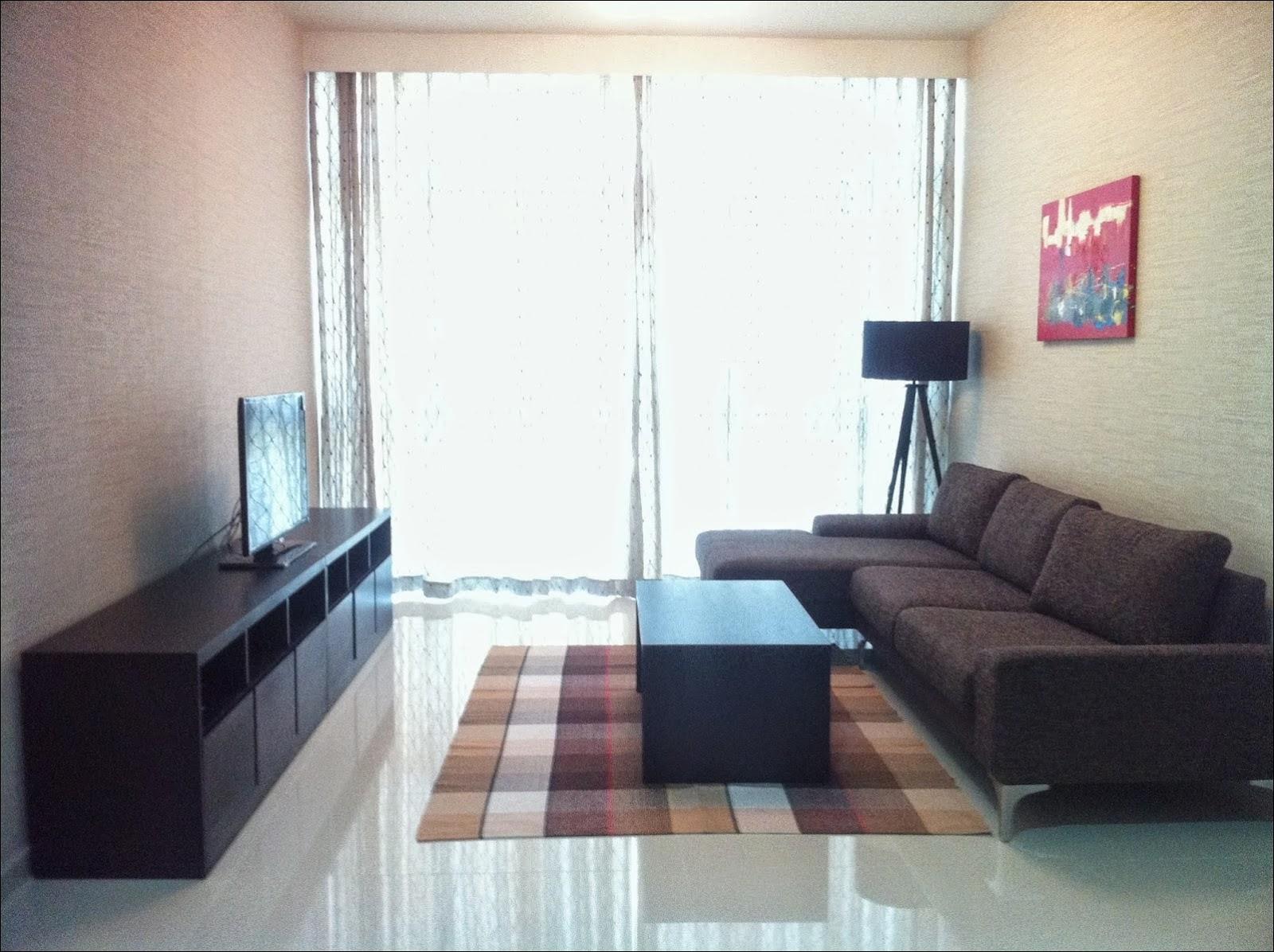 Phòng khách căn hộ The Vista 2 phòng ngủ view hồ bơi