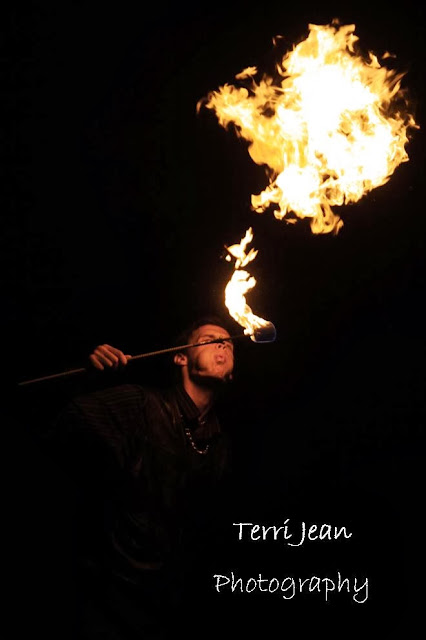 terri jean, terri jean photography, athens ohio, i feel delicious, eye candy, eye candy girls, ohio university, ohio photographer, pinups, fire spinning, event photography, fire dance, poi, terrijean, ifeeldelicious, fire breathing, fire breather