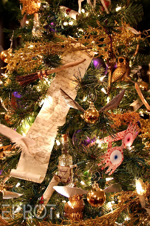 Harry potter christmas ornament - Epbot Final Potter Tree Reveal Winged Keys Potion Bottles Floating Quills