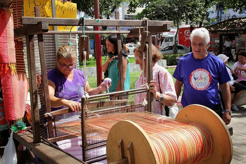 Toda a programação aconteceu durante o expediente da feira de artesanato Espaço Mulher