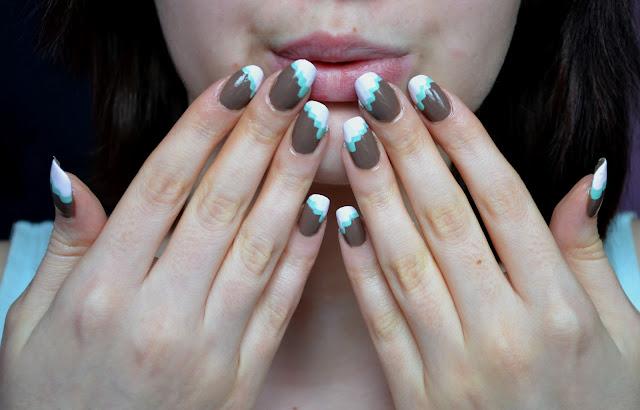 Wzorek na paznokcie dla początkujących lub beztalenci.