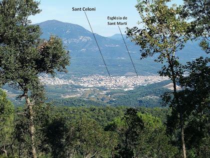 Sant Celoni i el Montseny des de la carena de l'Illa