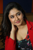 Poonam Bajwa at Radiocity fm station-thumbnail-4