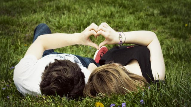 4 Tanda Pria Tersebut Benar-benar Mencintai Anda