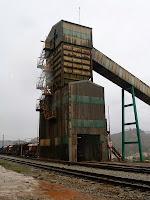 La torre de càrrega ferroviària dels F.F.C.C.