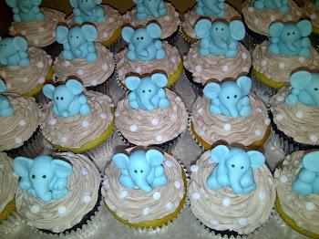 Elephant Stork Tea Cupcakes