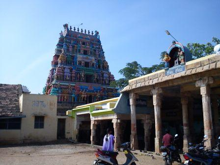 Sri Kadambavana Natheswarar Temple, Kadambanthurai, Kulithalai - 275 Shiva Temples