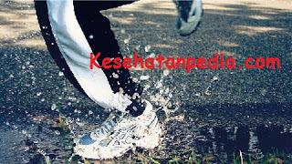 Manfaat olahraga lari di pagi hari untuk diet & kesehatan