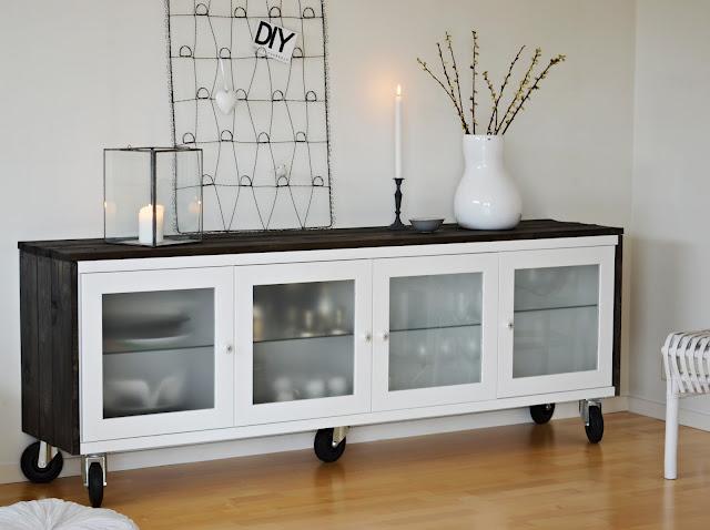 Ikea hack antes y despu s de un aparador bonde for Mueble ikea cuadrados
