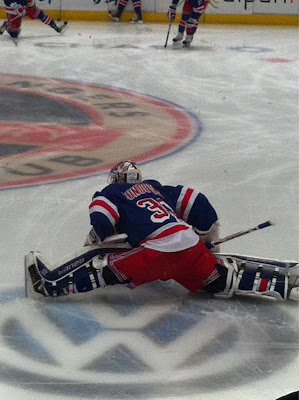 henrik lundqvist stretching stanley cup playoffs game 3