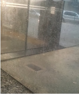 Lloviendo a cántaros