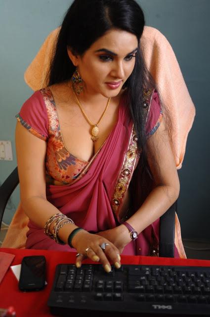 Kavya Singh Saree latest photos