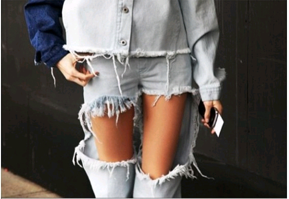 Lesimplyclassy : DIY Distressed Jeans