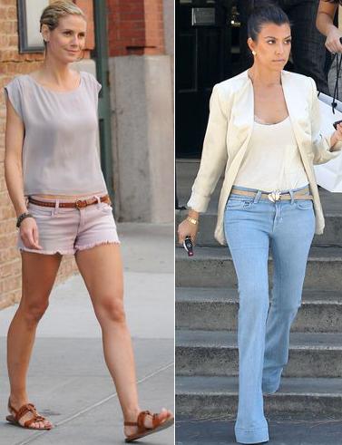Mujeres en pantalones cortos de mezclilla azul sexy