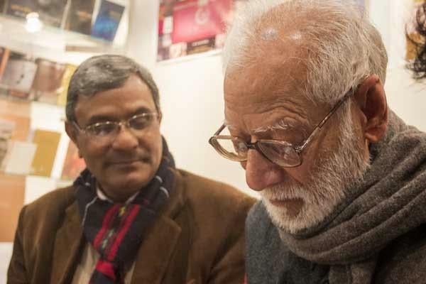 काशीनाथ सिंह के साथ भगवानदास मोरवाल