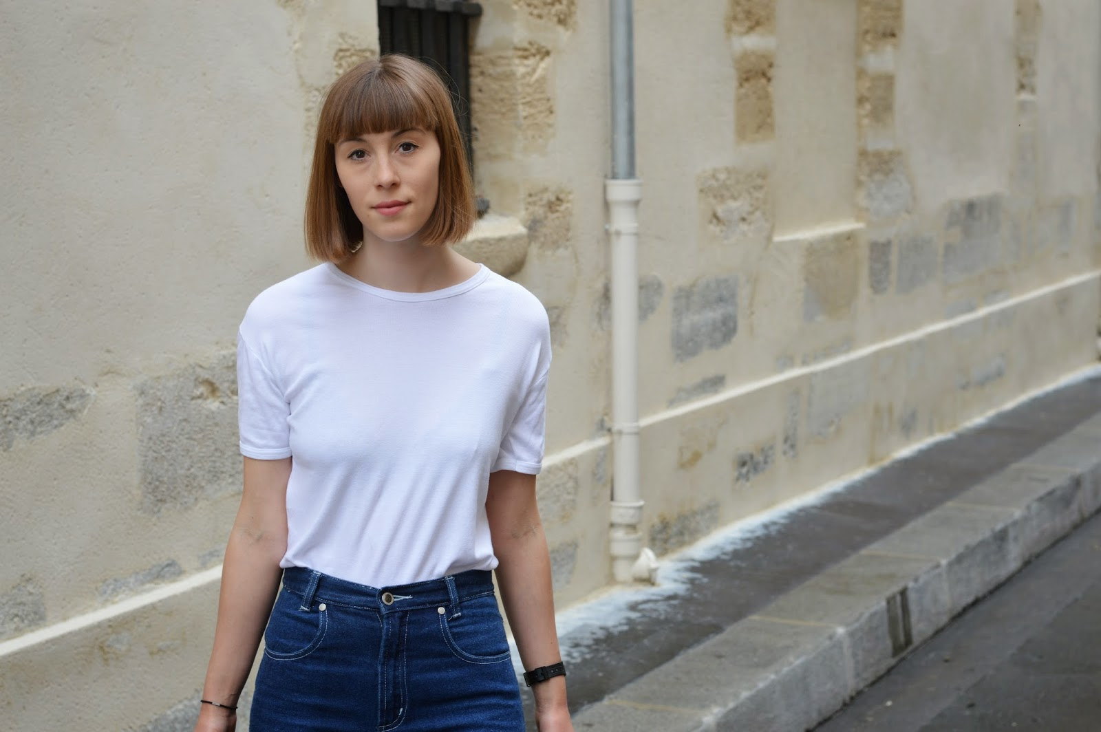 Basic white t-shirt and jeans