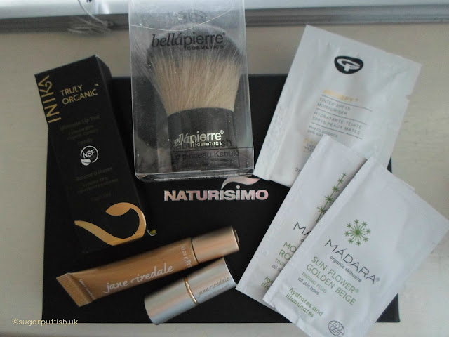 Naturisimo Limited Edition Kiss & Make-Up Discovery Box